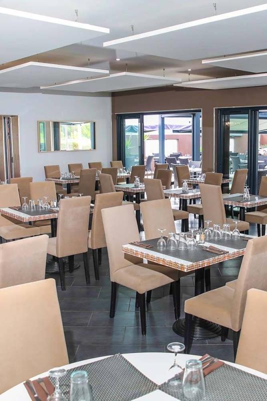 Réception - Le Sandra - Restaurant Vitrolles